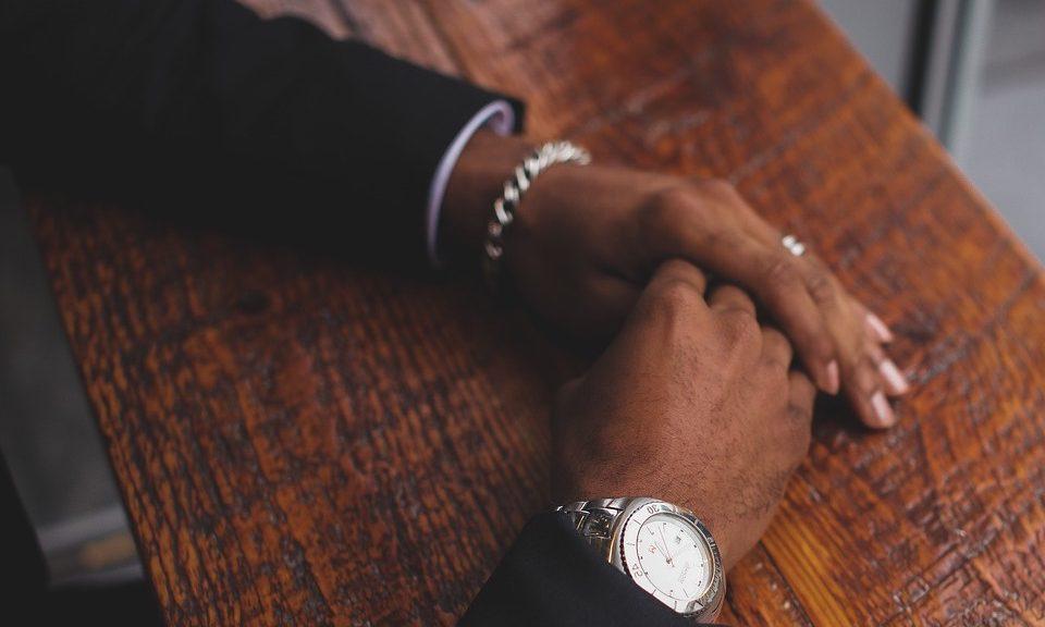 mains d'homme