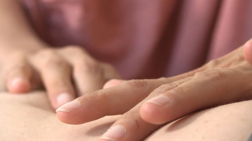 massage digestif
